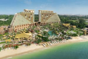 Centara Grand Mirage Beach Resort Pattaya 5*